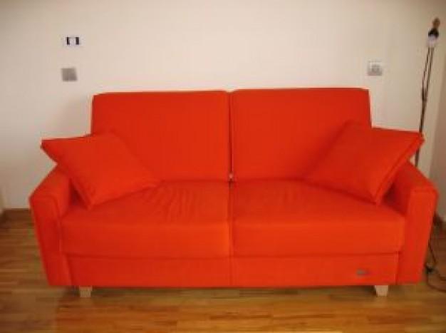 my-orange-couch_2337841.jpg